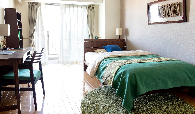 寝室の生活動線ベッドの配置と壁通路幅ベッドからテレビを見る