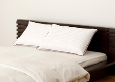 リバーシブル枕 (マイクロファイバー綿/低反発ウレタン)