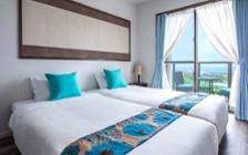 沖縄の海や空を彩るリゾートホテルの家具・インテリアコーディネート実例