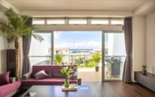 リゾート感溢れる沖縄で過ごせる民泊の家具・インテリアコーディネート実例