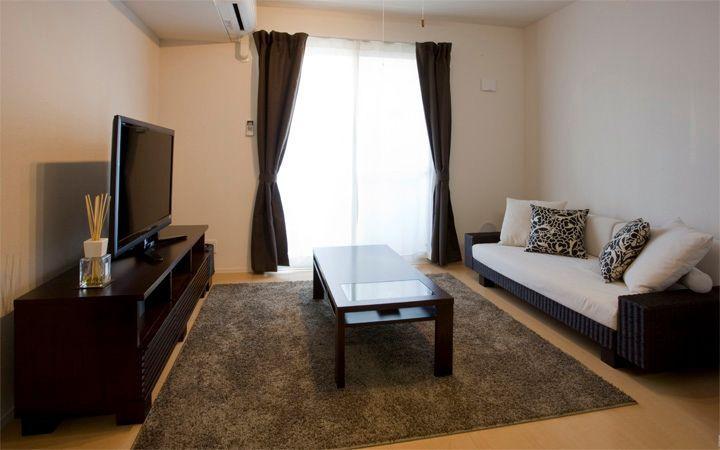 No.18 ご夫婦で過ごすリラックス空間 10畳リビングルーム(1LDK)を広く使ったインテリア実例:画像1