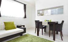 No.76 白い空間に馴染むダークブラウンの家具コーディネート