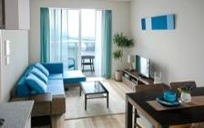 No.96 リバーサイド・ブルーの清涼感あるリゾートコーディネート:画像1