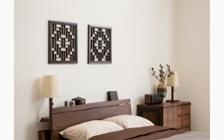 無垢材とアイアン素材が調和した収納家具が映えるインテリア空間