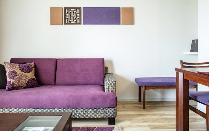 No.104 シックなパープルスタイルが映える都会のマンション空間:画像2