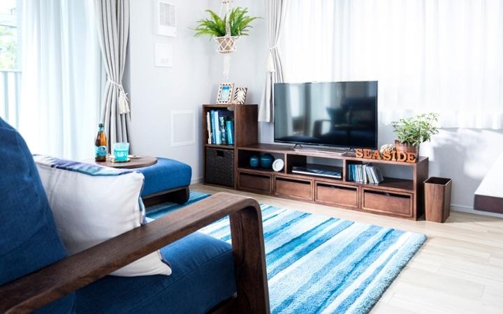 No.127 ブルーが映えるビーチスタイルの西海岸風インテリア ~海のようなリゾート空間をマンションで実現~:画像3