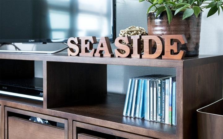 No.127 ブルーが映えるビーチスタイルの西海岸風インテリア ~海のようなリゾート空間をマンションで実現~:画像5