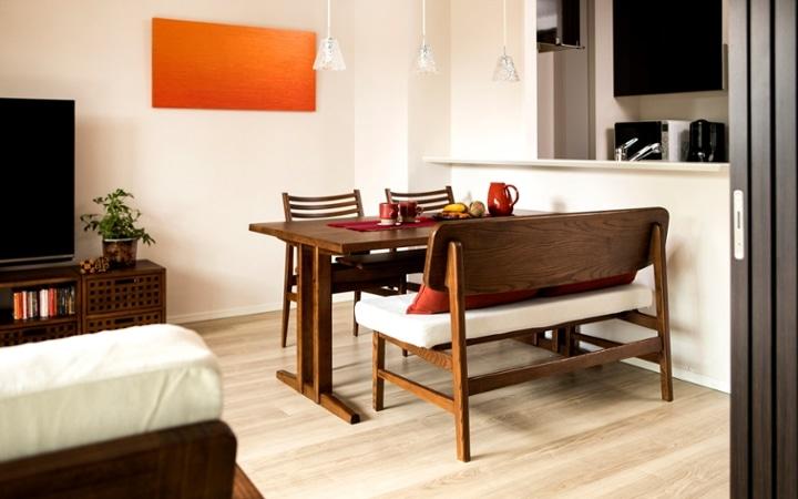 No.129 無垢材の家具でトータルコーディネート ~ぬくもり感じる赤の空間~:画像5