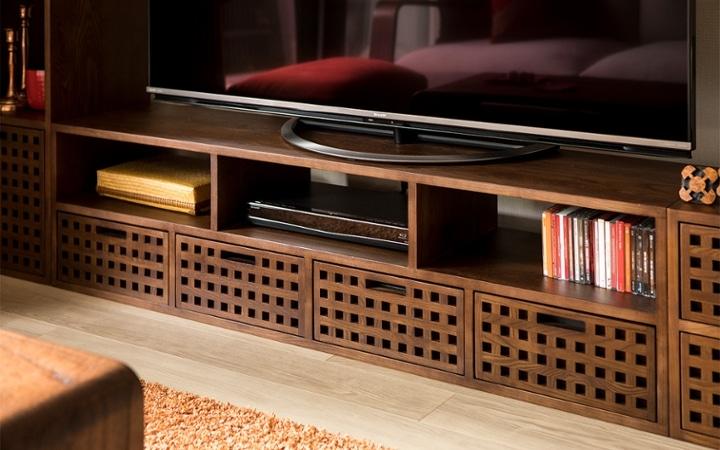No.129 無垢材の家具でトータルコーディネート ~ぬくもり感じる赤の空間~:画像4