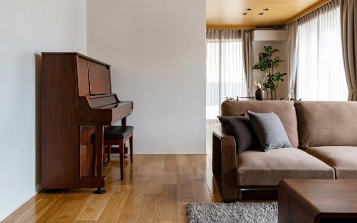 No.176 ダークブラウンの家具・インテリアで温もりと洗練感のある家づくり:画像2
