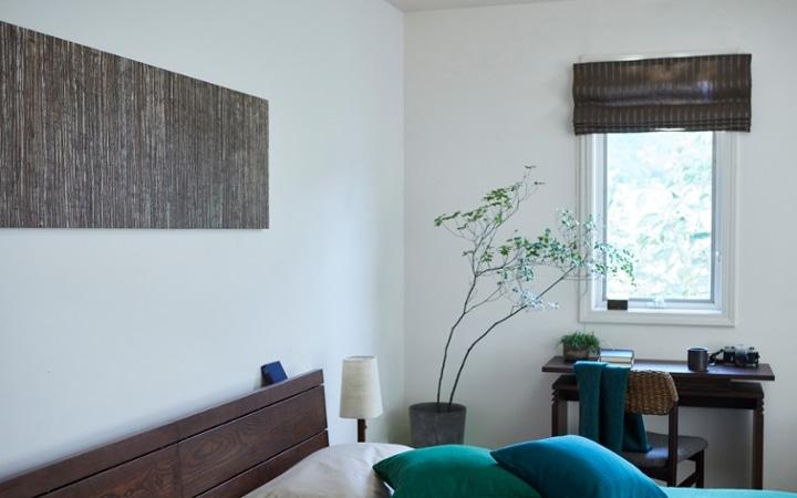 No.180 【別荘・ベッドルーム編】 軽井沢の自然から生まれたグリーンのインテリアコーディネート:画像4